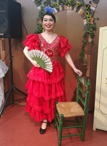 情熱の赤い衣裳に着替えてみました♪